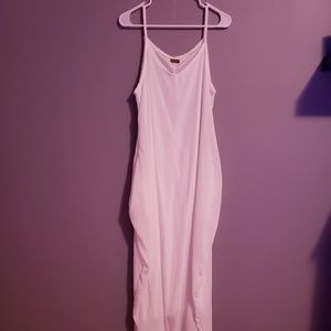 Dresses & Skirts - NWOT Long, flowy dress with pockets.